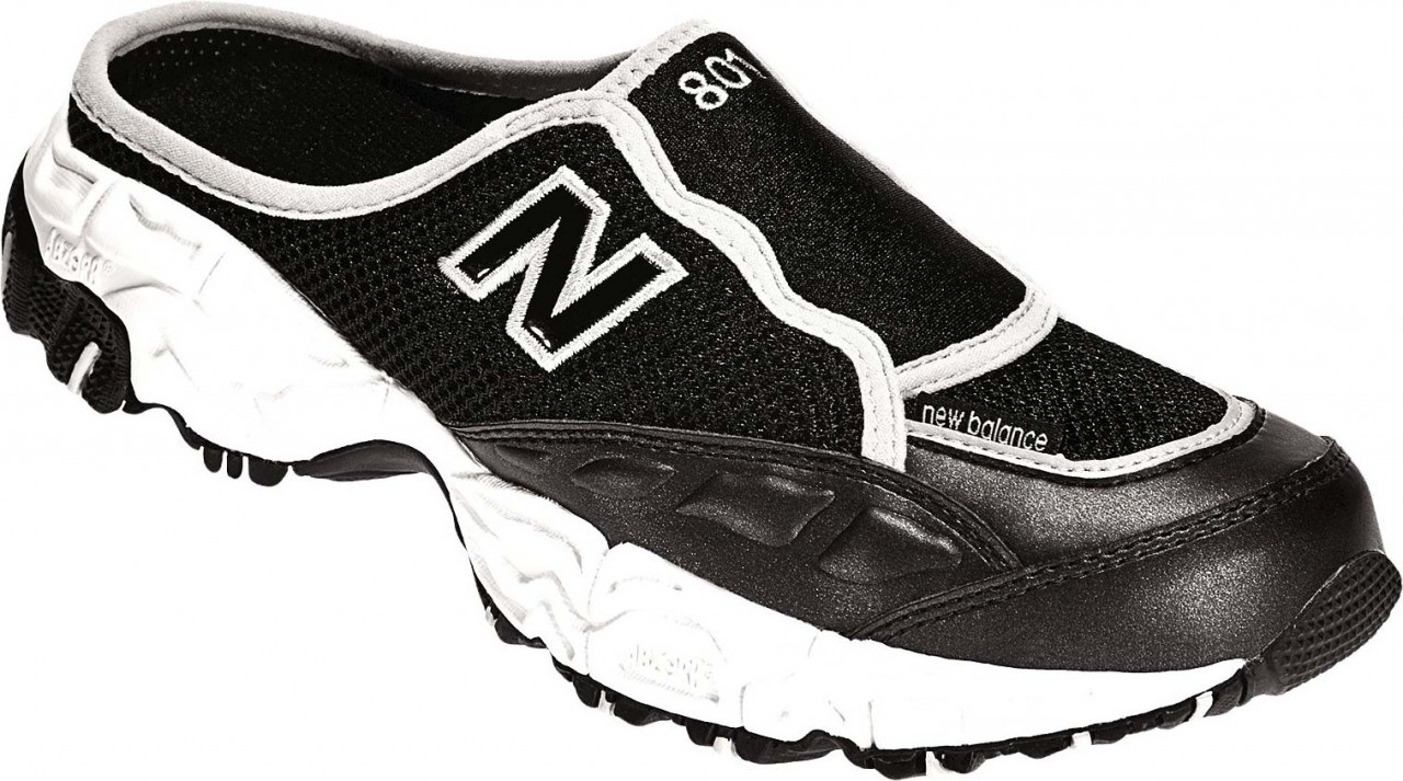 new balance clogs