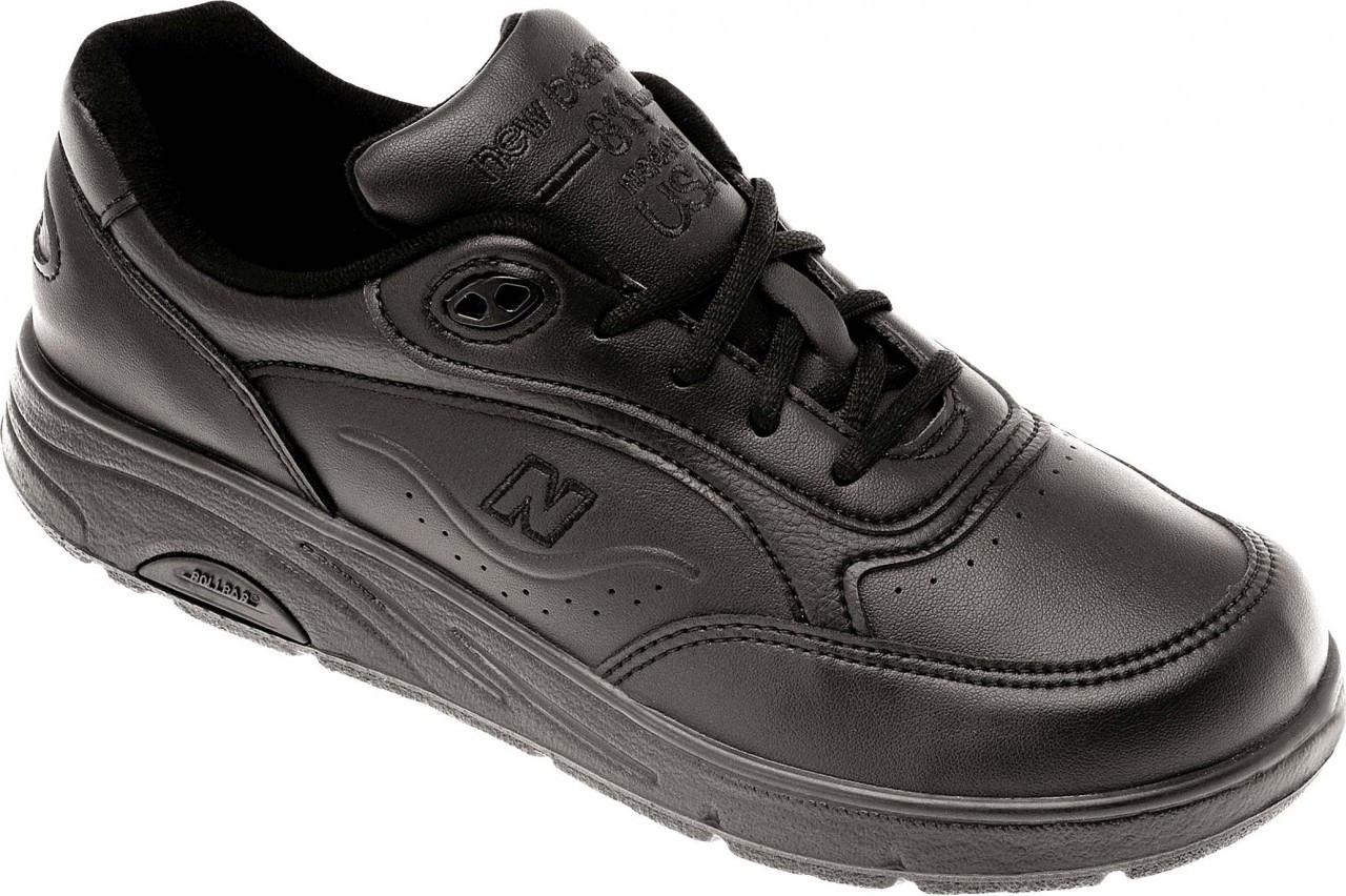 womens new balance walking shoes black