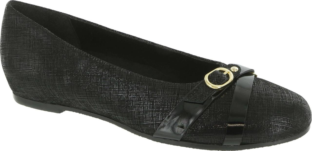Home · Women's Shoe Styles · Dress Shoes · Flats; Munro Josie. Black  Crosshatch w/Patent