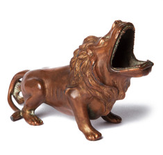 Bronze Lion Cigar Ashtray