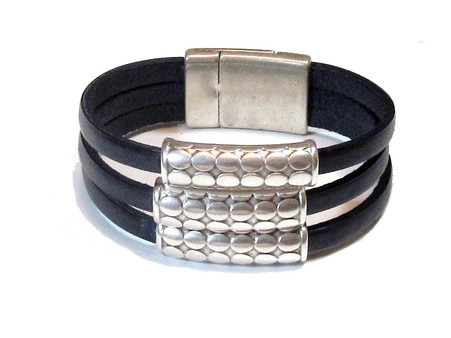 Black | Leather Bracelet w Tubes | Caracol
