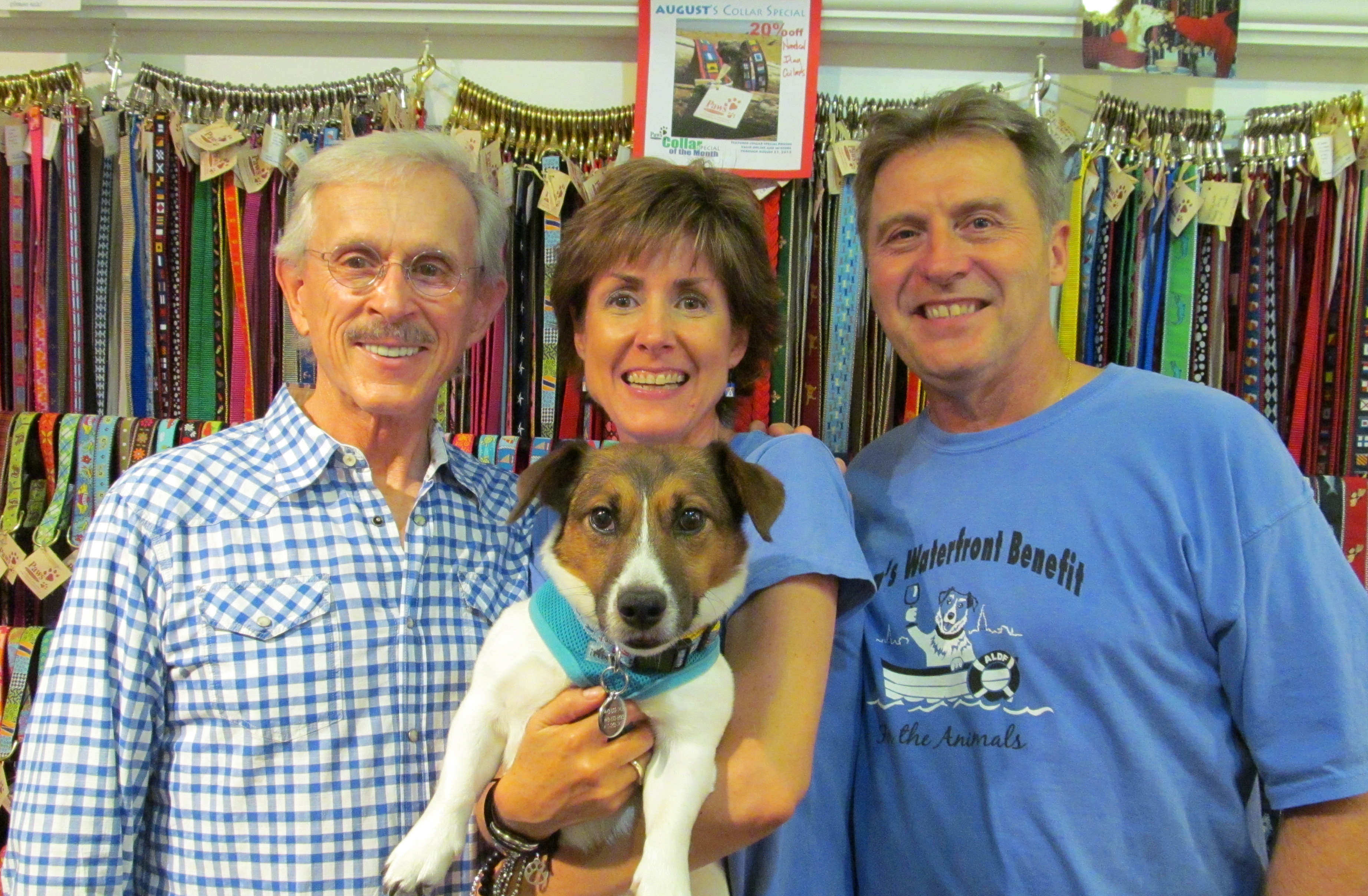 Dick of The Smothers comes to Paws pet boutique