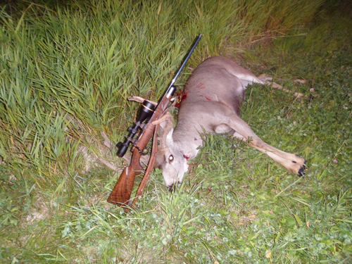 our-customers-jacques-franke-first-deer-small.jpg