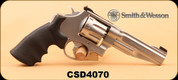 "Consign - Smith & Wesson - 357 Mag - 627-5 Performance Center - Blk Grips/SS, 5"", c/w factory rubber and wood grips"