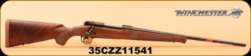 "Winchester - 30-06Sprg - Model 70 Featherweight HiGrade - Satin finished Grade I walnut stock/Polished Bluing, 22"" Hammer forged free floated barrel ,M.O.A. trigger system, S/N 35CZZ11541"