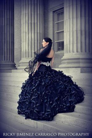 black-wedding-dress-lynn.jpg