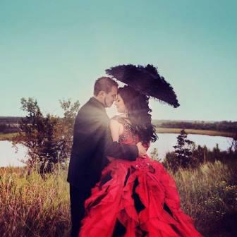 redweddingdressgothic.jpg
