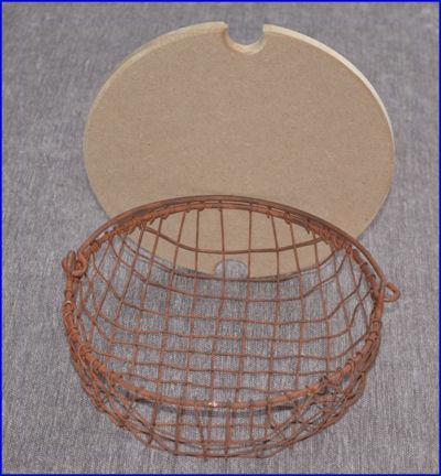 basket-mesh-basket-with-wood-lid-2-1205899-sm.jpg