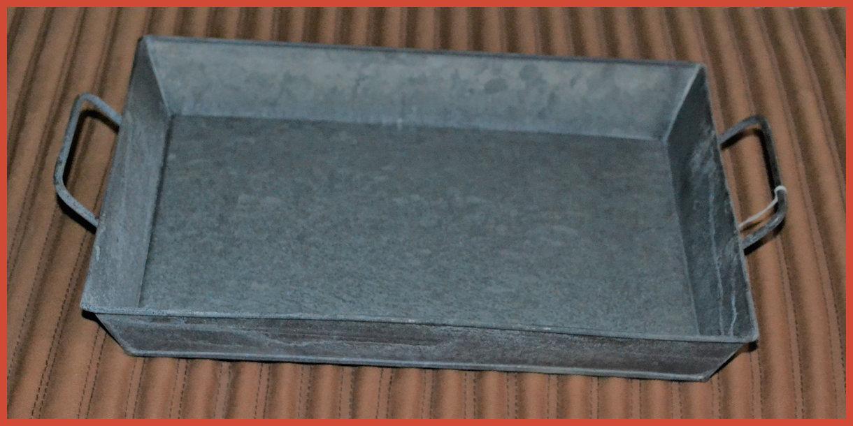 metal-tray-with-handle-zinc-15t163.jpg