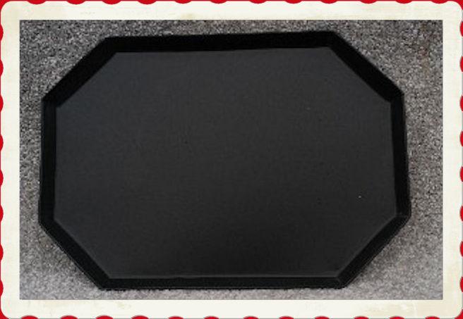tray-cut-corner-tray-with-frame.jpg