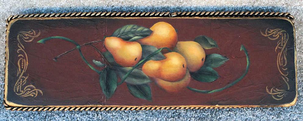 tray-thin-tray-pears-on-basket.jpg
