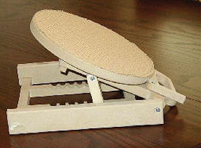 wood-easel-revolving-161621.jpg