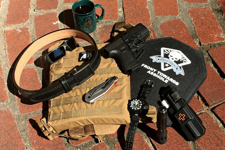 RIGID TQ Case Featured on RecoilWeb's Monday Morning Carry