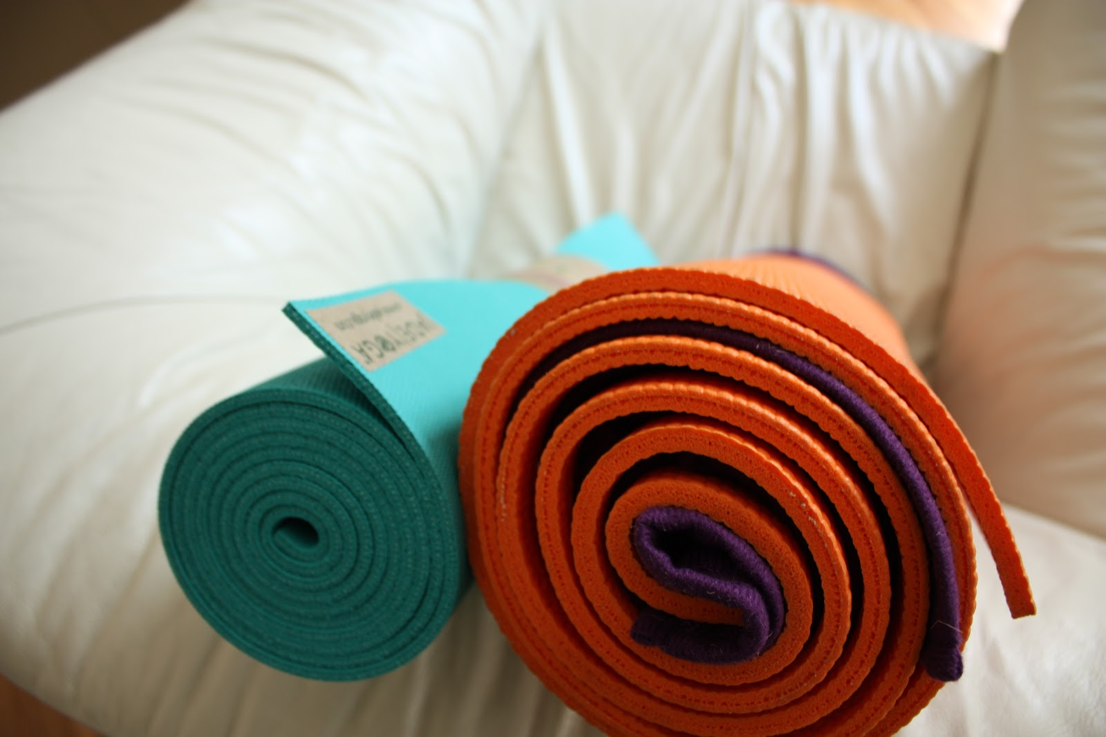 Thick yoga mat rolling sands