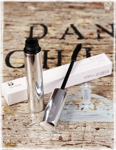 Curl & Lash Mascara by Nu Skin and Dang Chicks