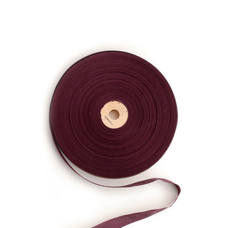 Tailor's Ribbon, Wine