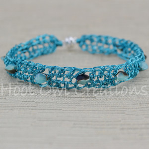 Cyan Polychrome Single Mesh Bracelet