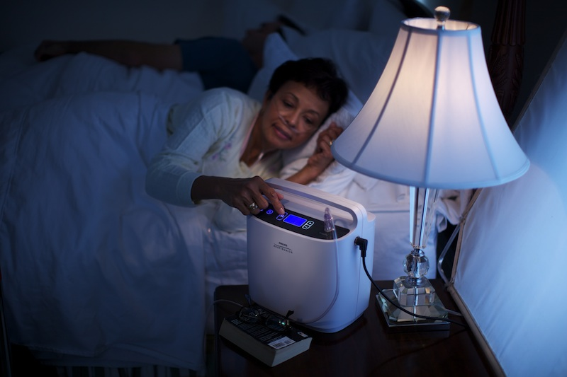 Using-SimplyGo-portable-oxygen-concentrator-at-night