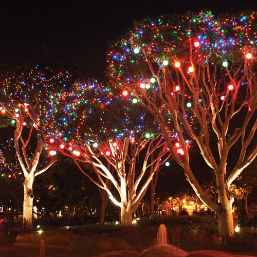 Quot led hanging tree light sphere snow