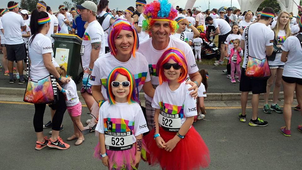 Wear Coloured Rainbow Wigs at The Color Run