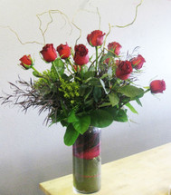 Dozen Exquisite Long Stem Roses