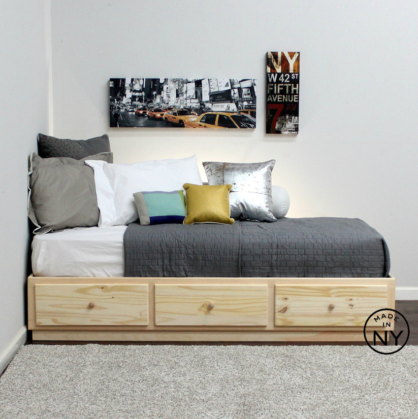 twin captains bed with 3 drawers on metal tracks in pine. Black Bedroom Furniture Sets. Home Design Ideas