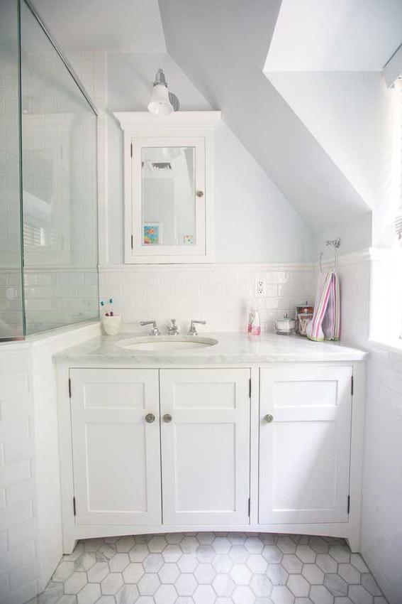 Custom made elegant white bathroom cabinets for Custom made bathroom cabinets