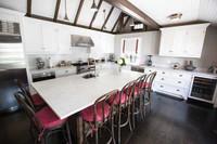 CUSTOM - Kitchen In White