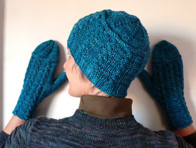 Cornrows Mittens and Hat