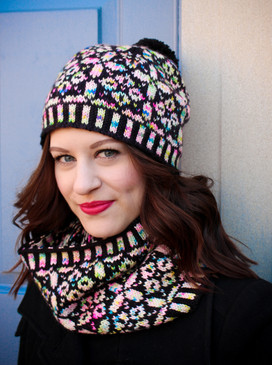 Saine-Chapelle Hat & Cowl