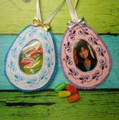In The Hoop Easter Egg Treat Pocket & Picture Frame Design