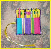 Scalloped Crayon Roll 4X4 In the Hoop design