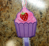 In the Hoop Strawberry Cupcake Bow Holder Embroidery Machine Design