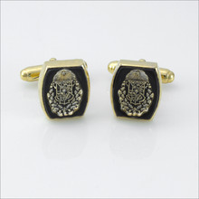ΖΨ Barrel Onyx Crest Cufflinks