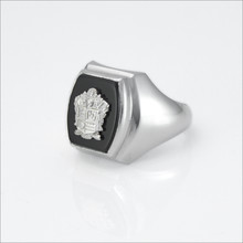 ΦΚΘ Barrel Onyx Crest Ring