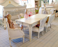 Juliette Play Dining Table: Versailles Creme / Versailles Blue