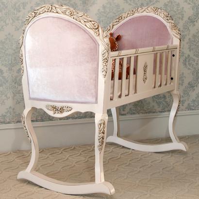 Provence Cradle: Versailles Creme / Jaclyn Blush