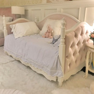 Charlotte Tufted Daybed