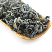 High mountain tea (also known as Jade Cloud) is a light and sweet tea.