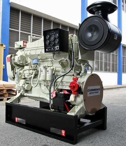 Cummins NTA855-M350 Marine Engine with Heat Exchanger - New