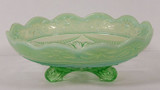 Ruffles & Rings w Daisy Green Opalescent Bowl