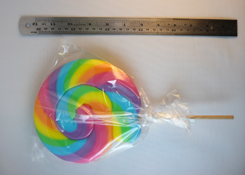 Round Rainbow Lollipop, by Oriental Trading Company/Other,  and more Confectionery at The Professors Online Lolly Shop. (Image Number :3807)