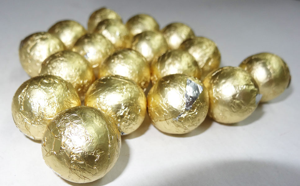 Foiled Milk Choc Gold Balls, by Confectionery Trading Company/Niagara,  and more Confectionery at The Professors Online Lolly Shop. (Image Number :5016)