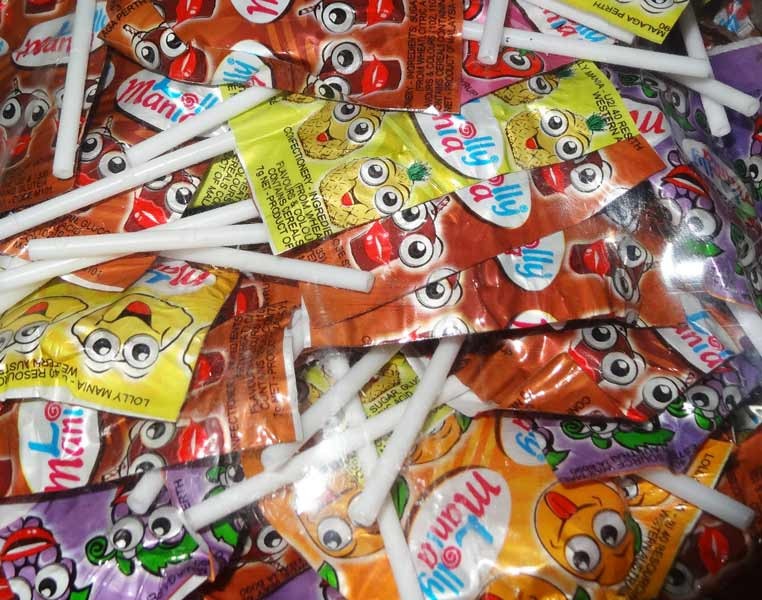 Lolly Mania Flat Pops, by Tasty Treats,  and more Confectionery at The Professors Online Lolly Shop. (Image Number :5542)