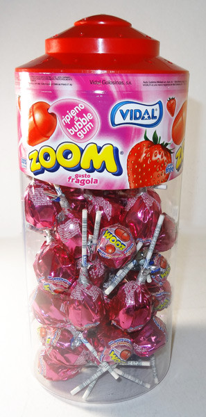 Vidal Zoom Pop Strawberry, by vidal,  and more Confectionery at The Professors Online Lolly Shop. (Image Number :6027)