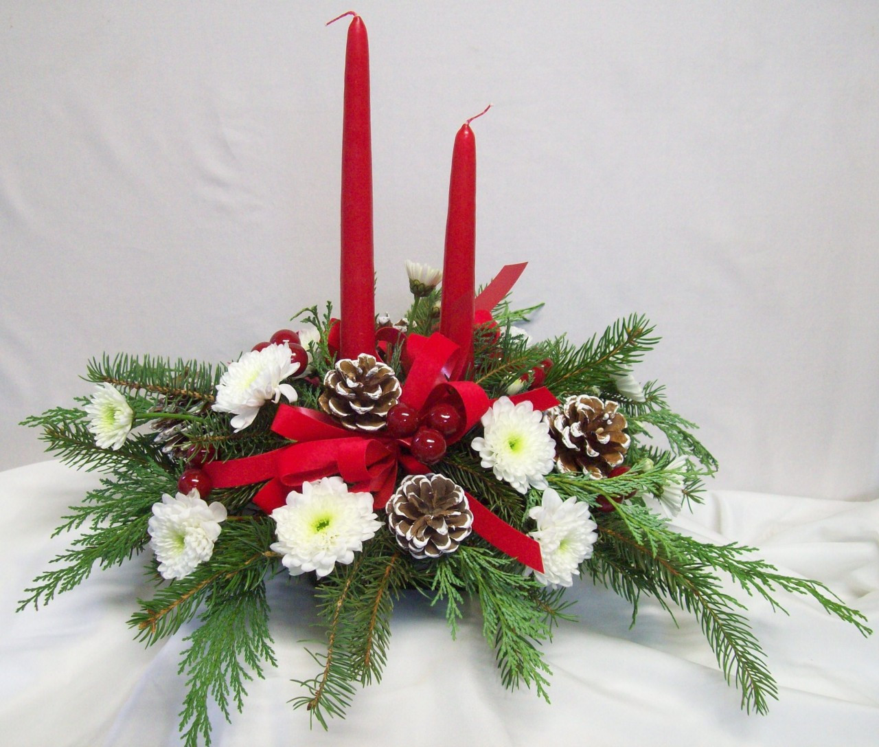 Christmas floral centerpiece plumb farms flowers