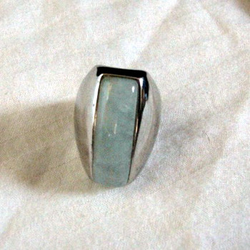 Sterling silver and jade ring