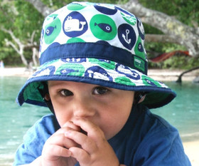 Kooringal Baby Boy Whaley Clover Bucket - Front - Model