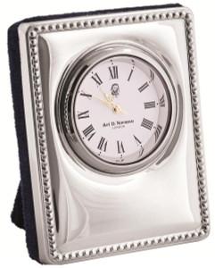 Beaded pattern quartz clock with blue velvet back