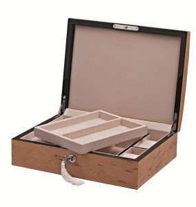 Karelian gents accessory box with lift out trays